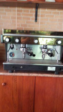 maquina de cafe industrial