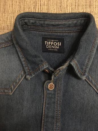 Обалденная джинсовая рубашка на мальчика