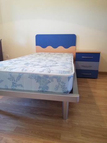 Mobilia quarto individual (cama e colchão+mesa cabeceira+secretária)