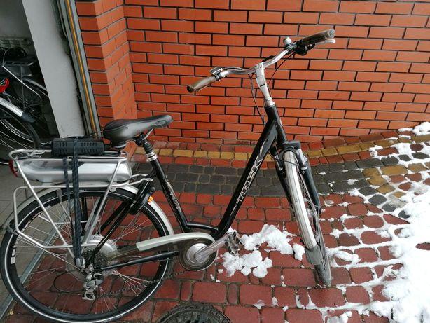 Rower elektryczny Trek T 400+ rama 51cm