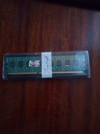 Apacer 1 gb DDR 3