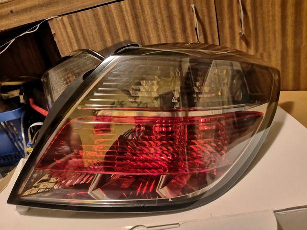 Lampy tylne Opel Astra H Gtc Opc