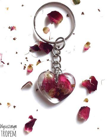 Breloczek róża ręcznie robiony handmade prezent walentynki serce