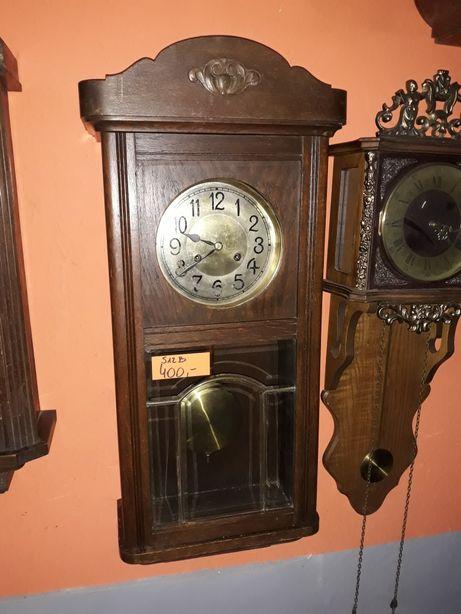 Stary zegar wiszący marki Junghen