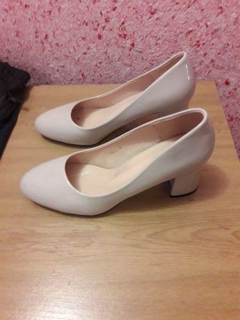 Продам туфли ...