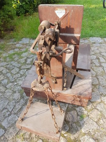 Stara waga PRL drewniana