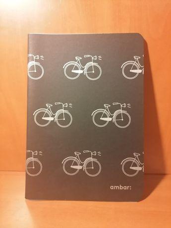 Caderno de linhas A5 capa preta com bicicletas