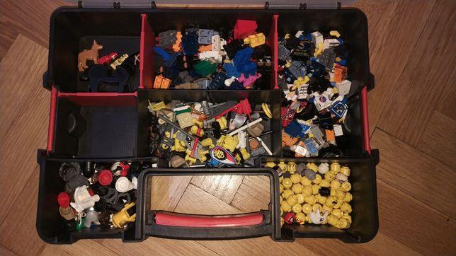 Sprzedam figurki LEGO