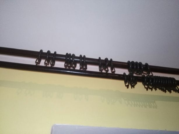 Drewniane karnisze