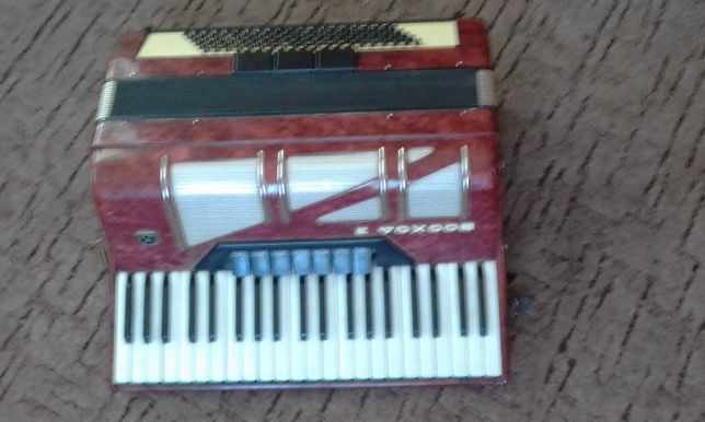 аккордеон Восход-3