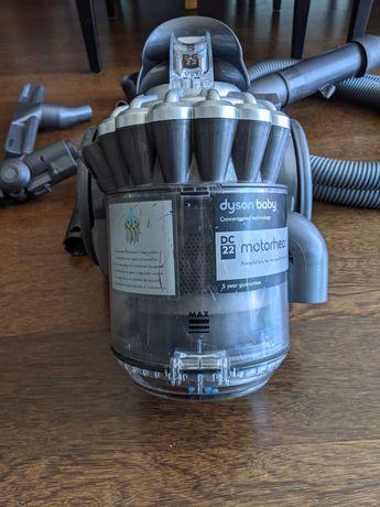 Aspirador Dyson DC22 motorhead