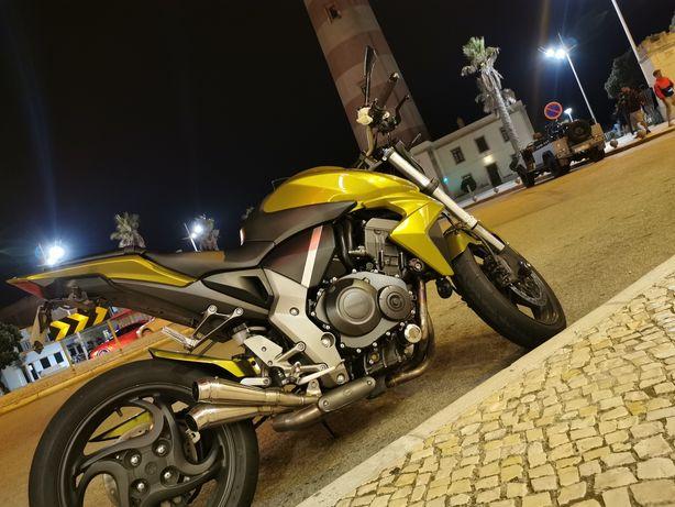 Moto cb 1000cc para venda