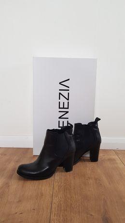 Czarne botki Venezia. Buty były noszone dwa razy.