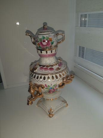 Фарфоровый самовар с чайничком