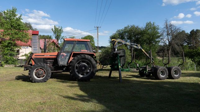 Zestaw zrywkowy Zetor 8145 + przyczepa leśna Farma T10