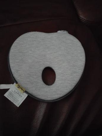 Poduszka poduszeczka korygującą korekcyjna dla niemowląt