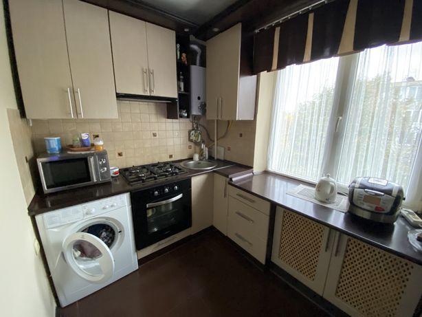 2 кімнатна Грінченка ( кухня - студія + спальня) з ремонтом
