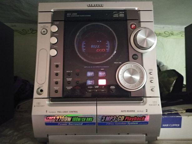 Музыкальный центр Samsung Max SJ650.Выслушаю любые предложения по цене