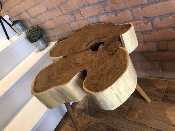 Stolik z plastra drewna akacji