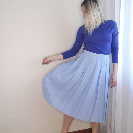 Красивая юбка плиссе длины миди