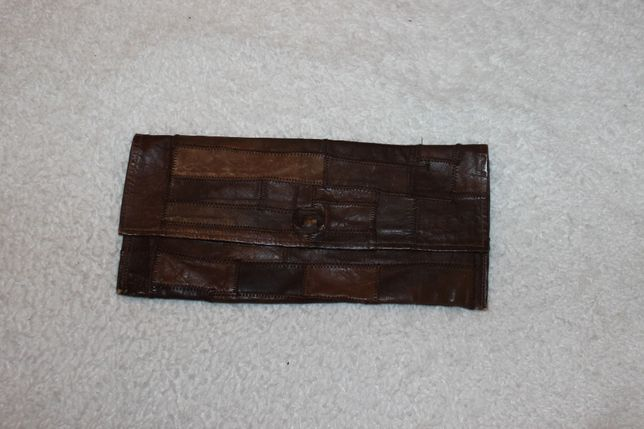 Torebka ze skóry / skórzana typu kopertówka