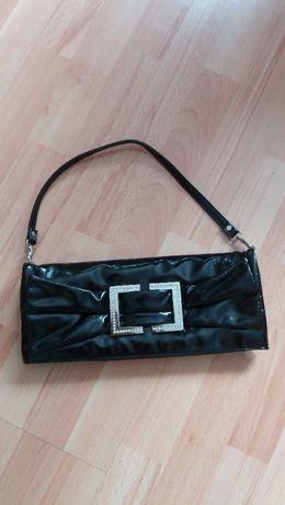 Elegancka torebka czarna