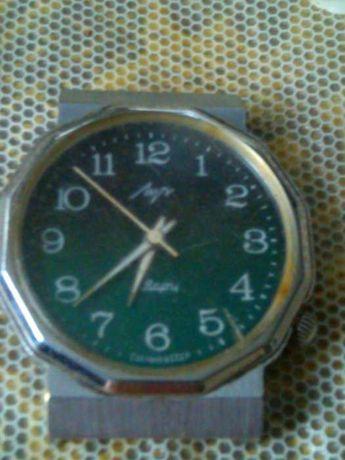 часы наручные из ссср:электроника-5,слава.луч