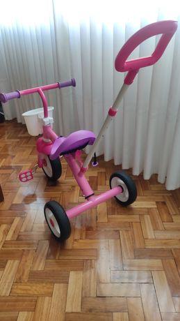 Triciclo como novo da chicco