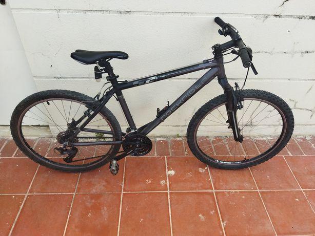 """** RESERVADA ** Preço final ** Bicicleta BTT, impecável, pneu 26""""."""
