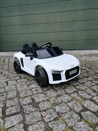 """Samochód """"Audi"""" dla dzieci"""