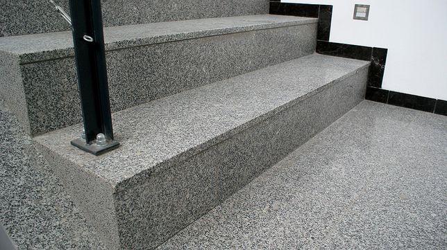 OKAZJA! Schody Granitowe Kamienne Stopnie Granit Płyty z Kamienia