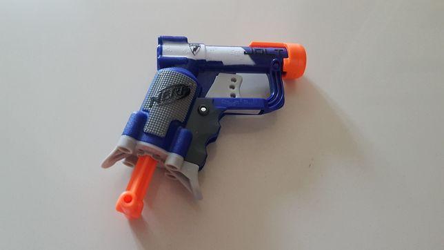 Pistolety Nerf