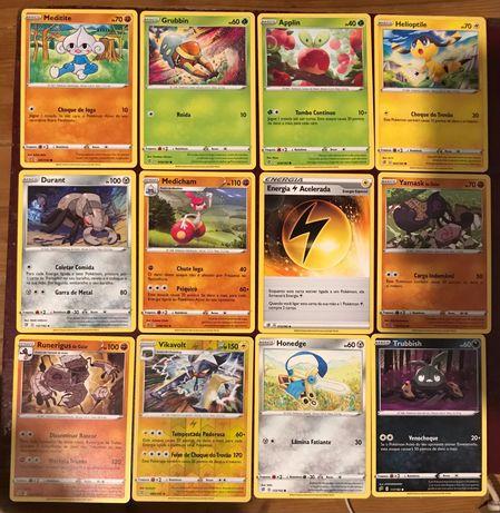 Conjunto de cartas Pokémon