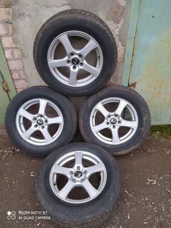Продам диски с резиной от Volkswagen Touran