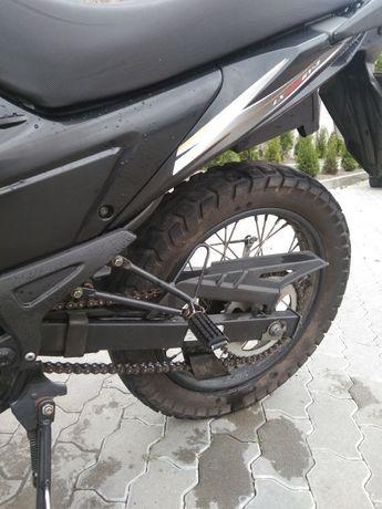 Мотоцикл loncin pruss 200c