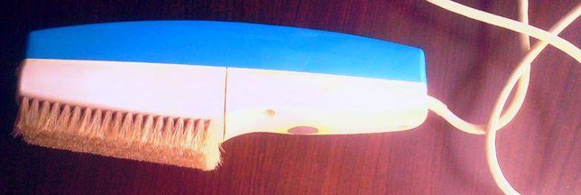 Ręczny odkurzacz do tapicerki, mebli itp.