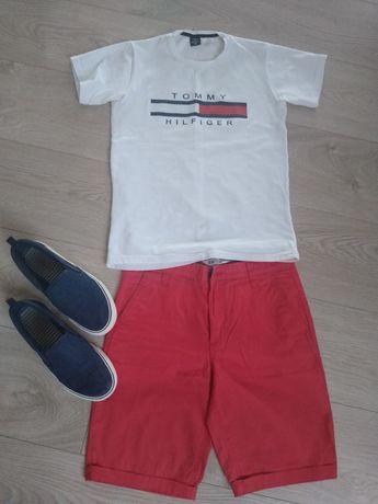 Spodenki  152 , koszulki, trampki