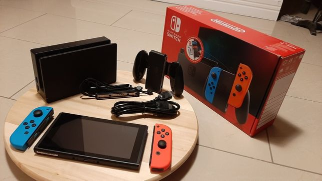 Nintendo Switch - stan idealny !