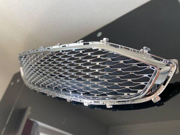 Решетка радиатора Ford Fusion 2019-2020