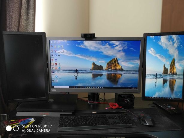 3 монитора: 1x Lenovo ThinkVision Pro 2820, 2x LOC M2060SW + подставка