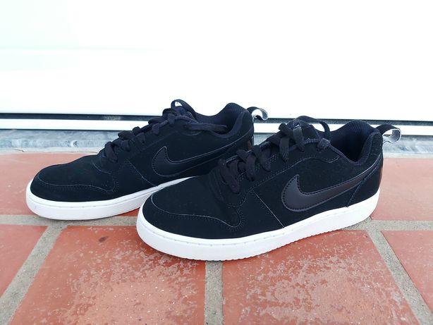 Ténis Nike Pretos 39