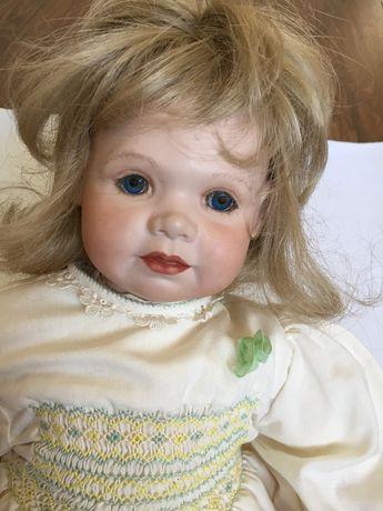 Кукла  фарфор ручной работы коллекционная