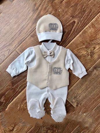 Продам костюм для мальчика на выписку 500 р. размер 56