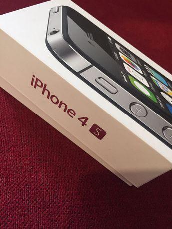 Vendo Iphone 4S, 8GB, desbloqueado a todas as redes.