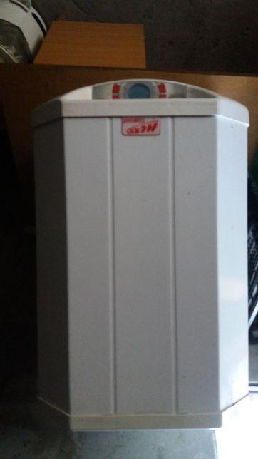 Podgrzewacz elektryczny wody 40 l , 230 V używany, sprawny