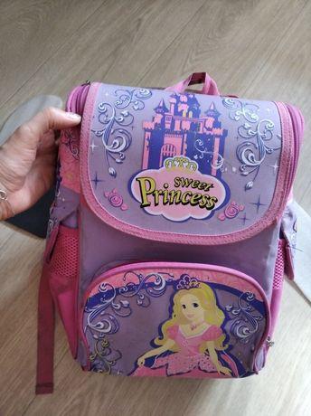 Рюкзак в первый класс
