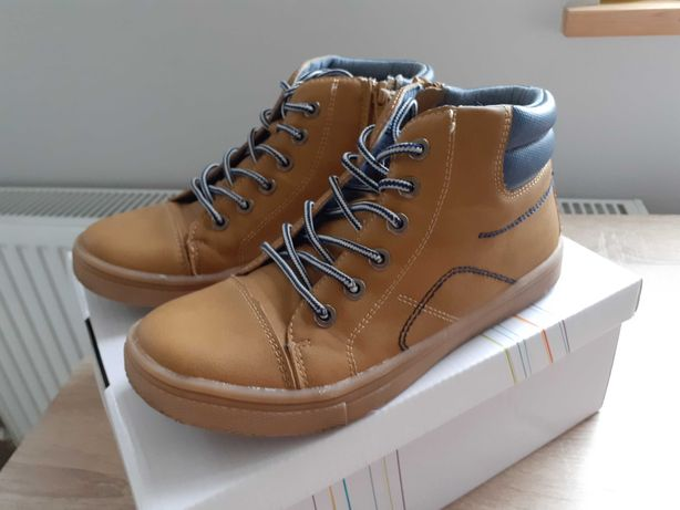 Chłopięce buty jesień eko skóra r.35 karmelowe/musztardowe SMYK