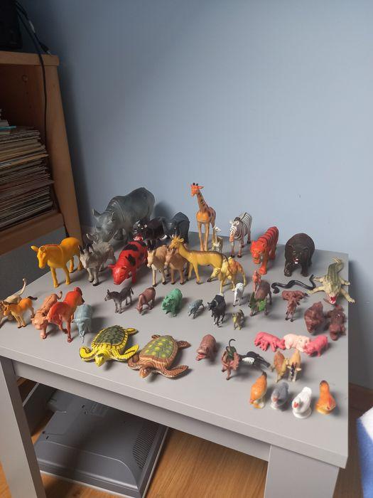 Kolekcja 54 figurek różnych zwierzątek. Świdnica - image 1