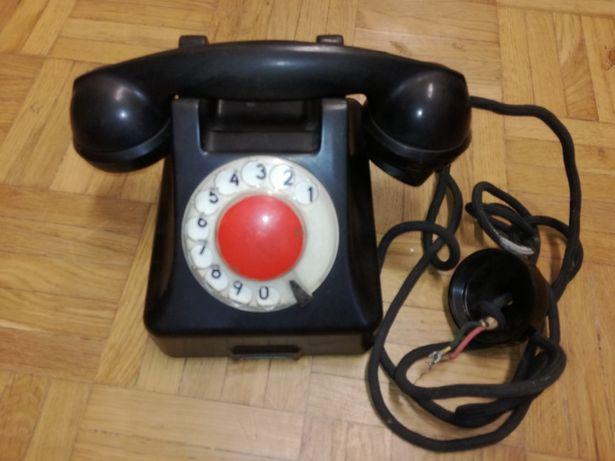 Stary telefon ebonitowy T4