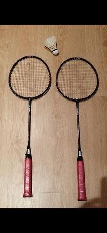 Vendo 2 raquetes de badminton e 8 volantes
